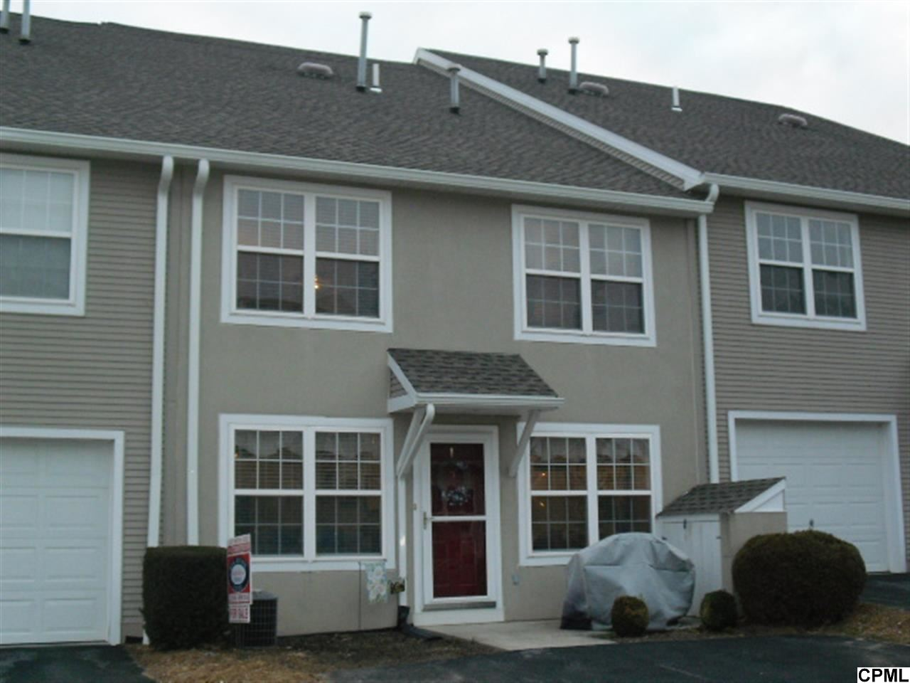 Photo of 45  COURTYARD DR  Carlisle  PA