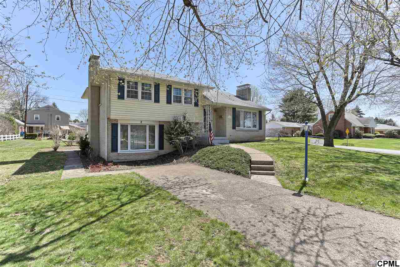 25 Oak Ave, Camp Hill, PA 17011