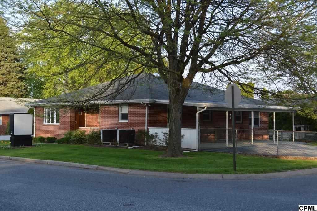 834 W Areba Ave, Hershey, PA 17033