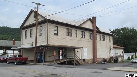 5 E John St, McVeytown, PA 17051