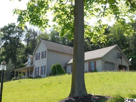 184 Sand Rock Rd, Lewistown, PA 17044
