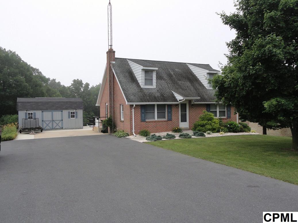 8482 Newburg Rd, Newburg, PA 17240