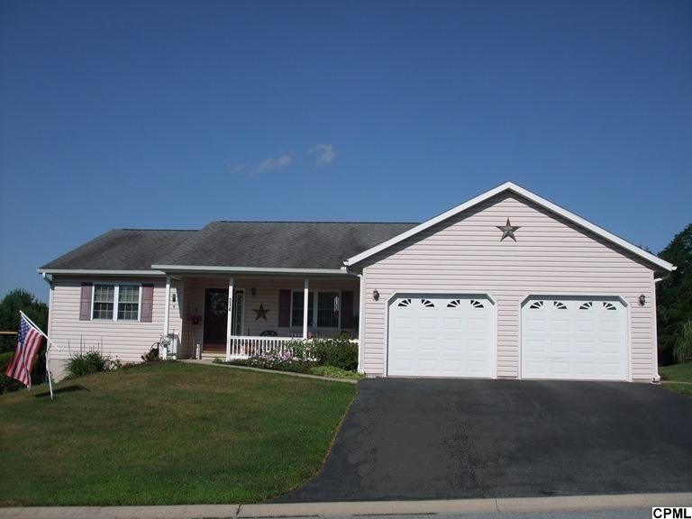 214 Rose Ln, Jonestown, PA 17038