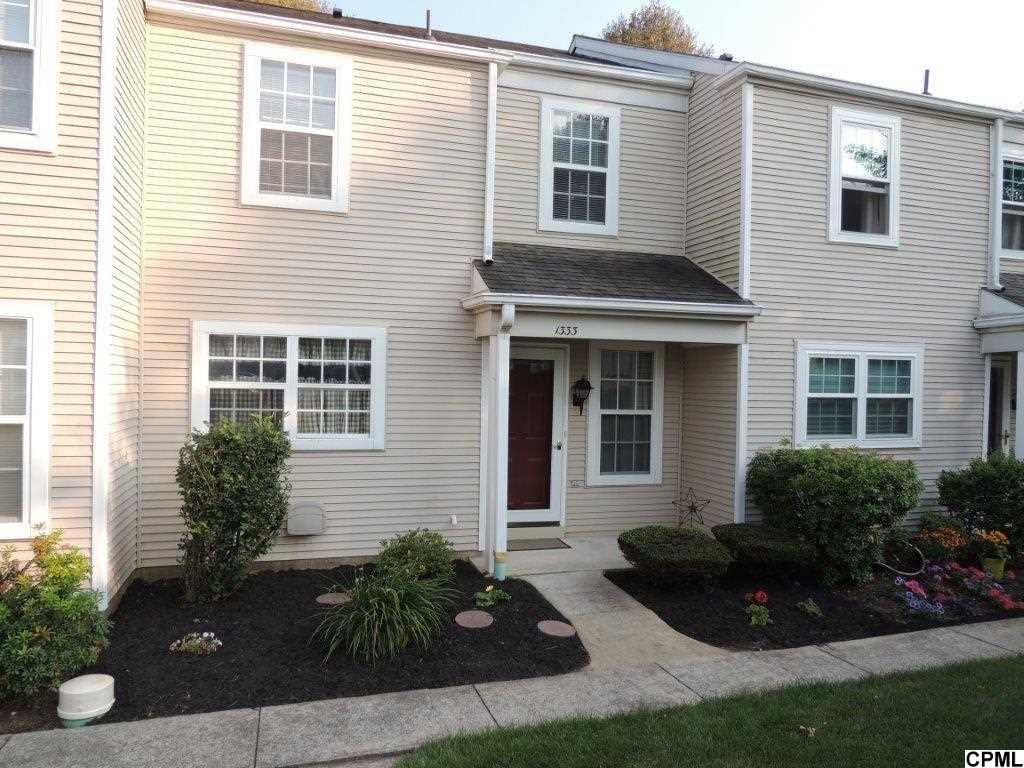 1333 Cambridge Ct, Palmyra, PA 17078