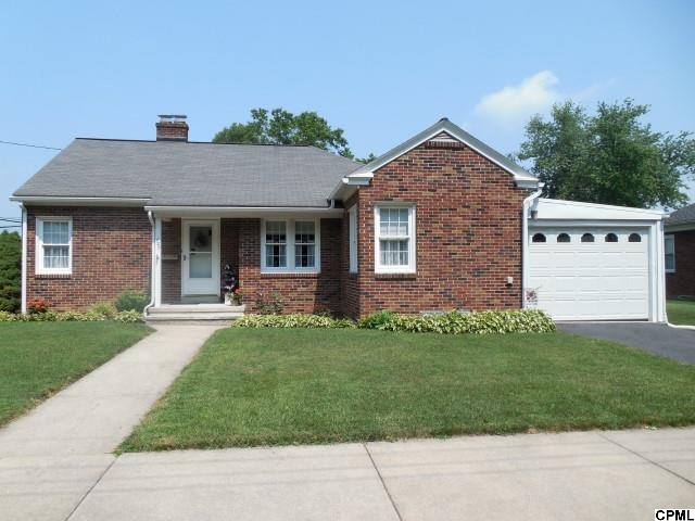 727 E Maple St, Palmyra, PA 17078
