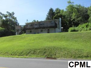 132 Moonshine Rd, Jonestown, PA 17038