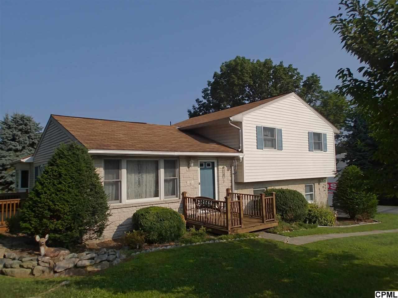 1 Peach St, Annville, PA 17003