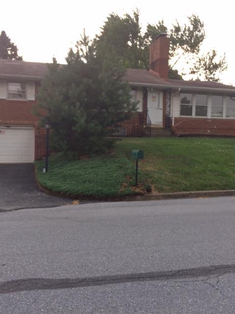 Rental Homes for Rent, ListingId:29464180, location: 5597 Edsel Street Harrisburg 17109