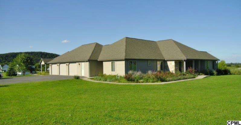 Real Estate for Sale, ListingId: 29686958, Pt Royal,PA17082