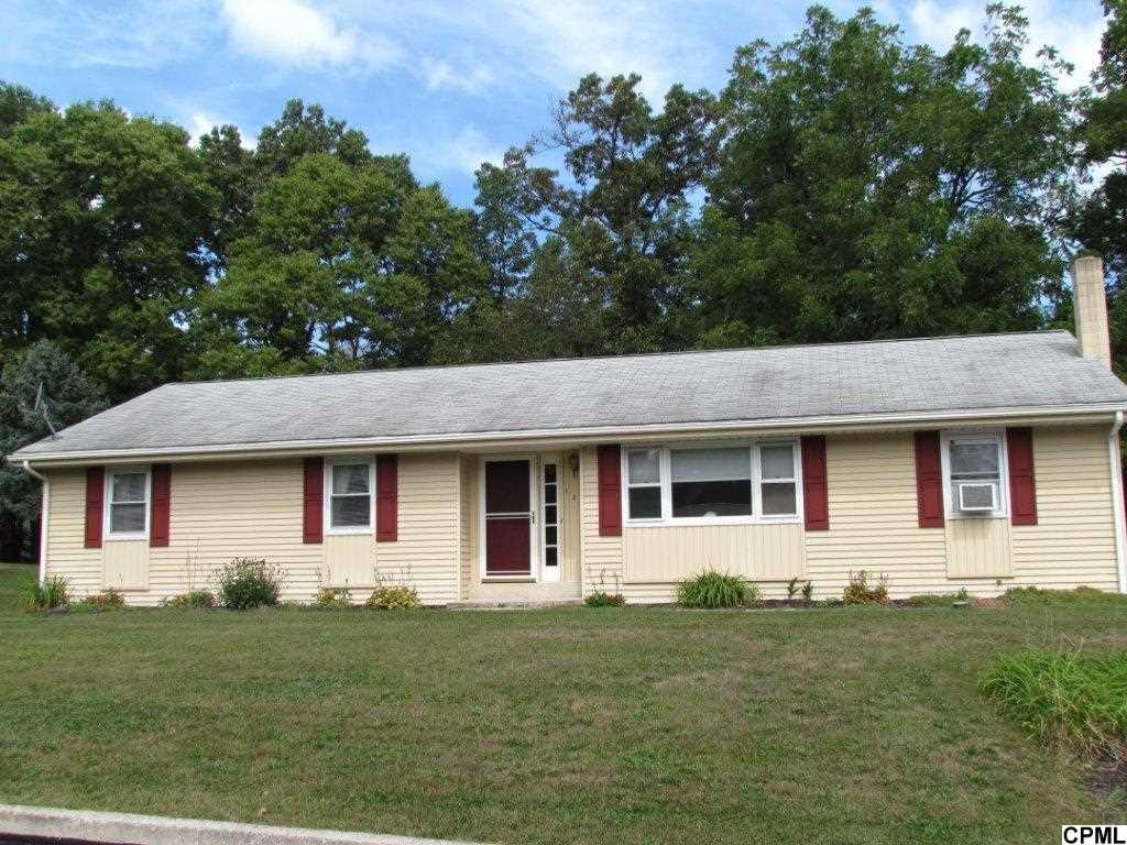 121 Bradley Rd, Annville, PA 17003