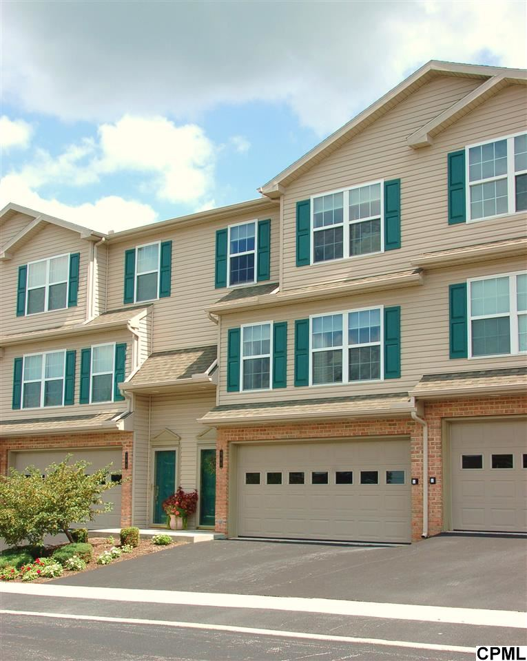 Rental Homes for Rent, ListingId:29777600, location: 588 MEADOWCROFT CIRCLE Mechanicsburg 17055