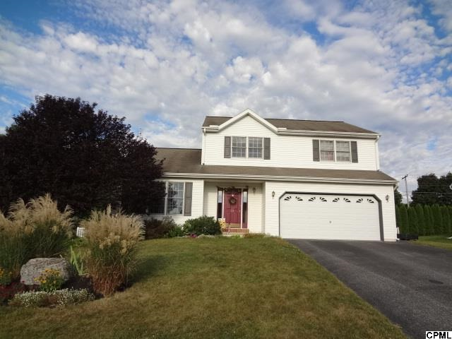 18 S Butterfly Dr, Myerstown, PA 17067