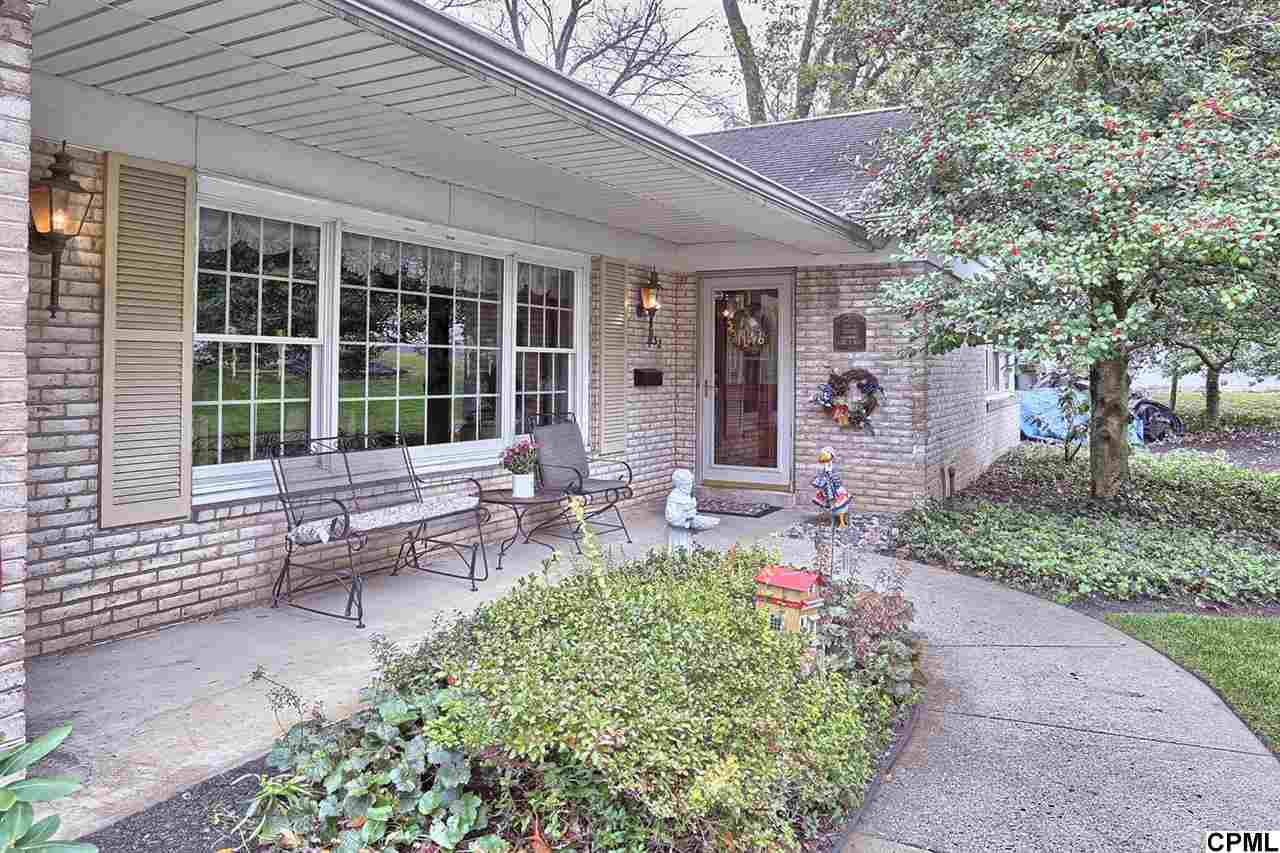 132 Old Ford Dr, Camp Hill, PA 17011