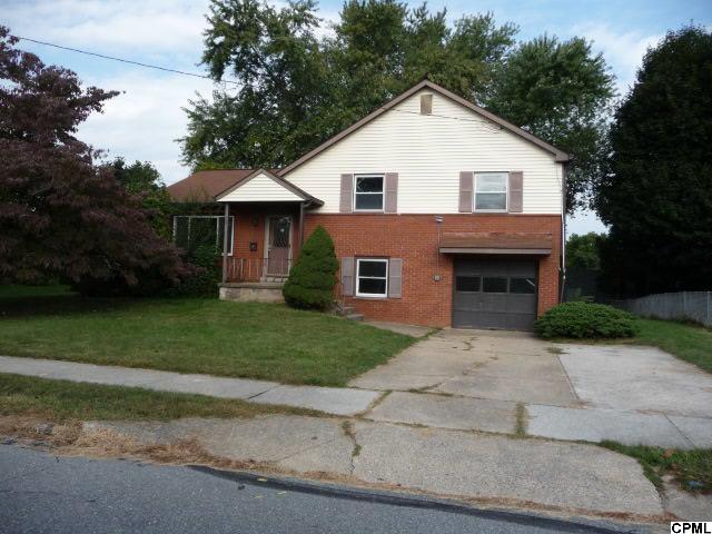 57 Kensington Dr, Camp Hill, PA 17011