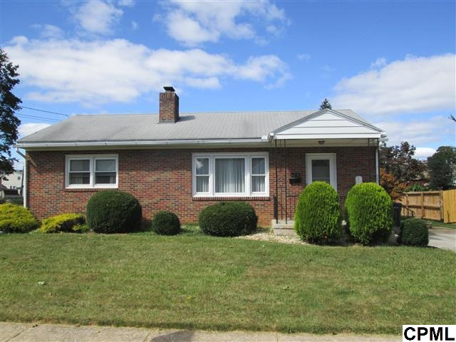 Rental Homes for Rent, ListingId:30033360, location: 123 E Green Street Shiremanstown 17011