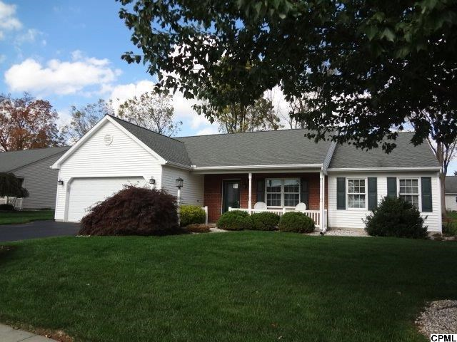5 Scenic Dr, Myerstown, PA 17067