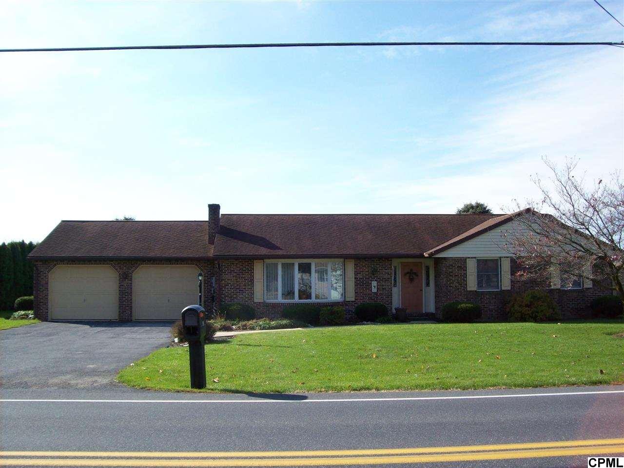 35 N Sheridan Rd, Newmanstown, PA 17073