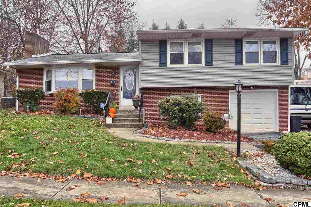 33 Brentwood Rd, Camp Hill, PA 17011