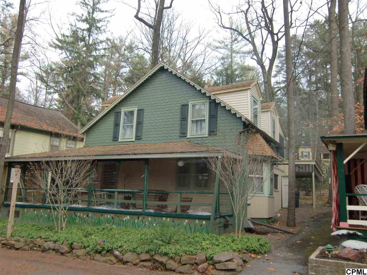 6 Muhlenberg Ave, Mount Gretna, PA 17064