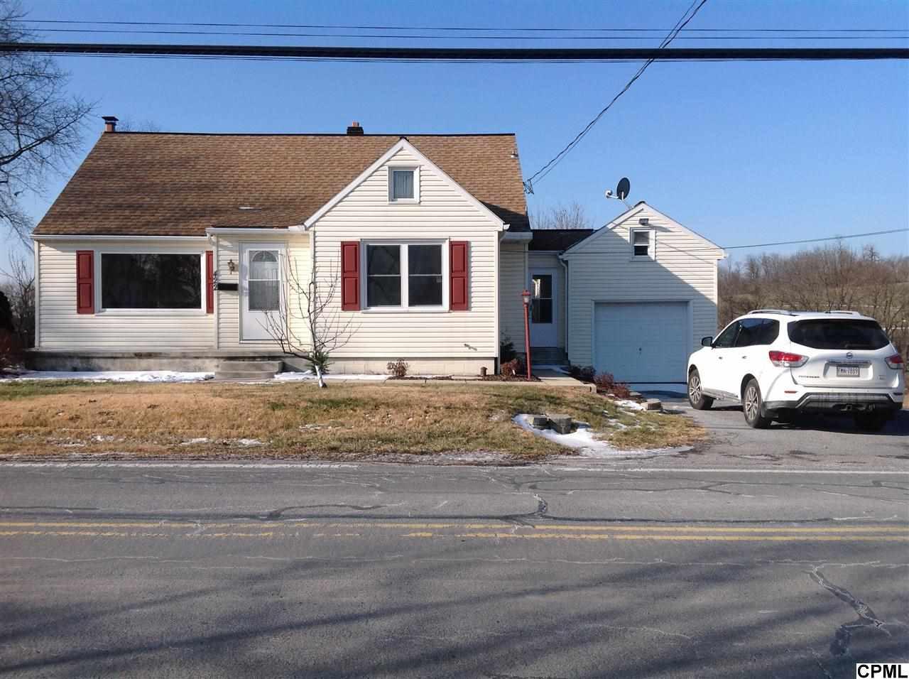 422 N Hanover St, Hershey, PA 17033