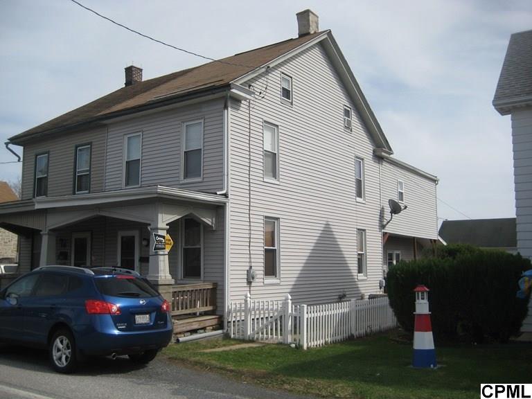 442 E Penn Ave, Cleona, PA 17042