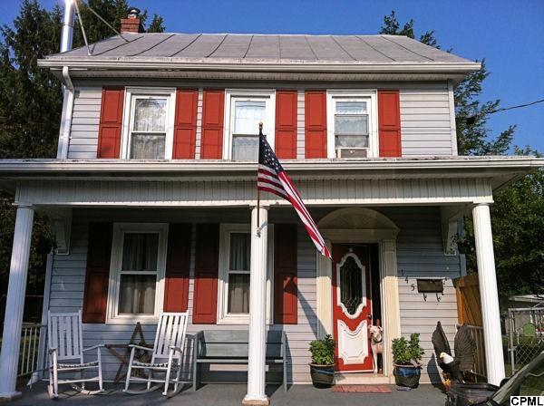 145 S Cherry St, Annville, PA 17003