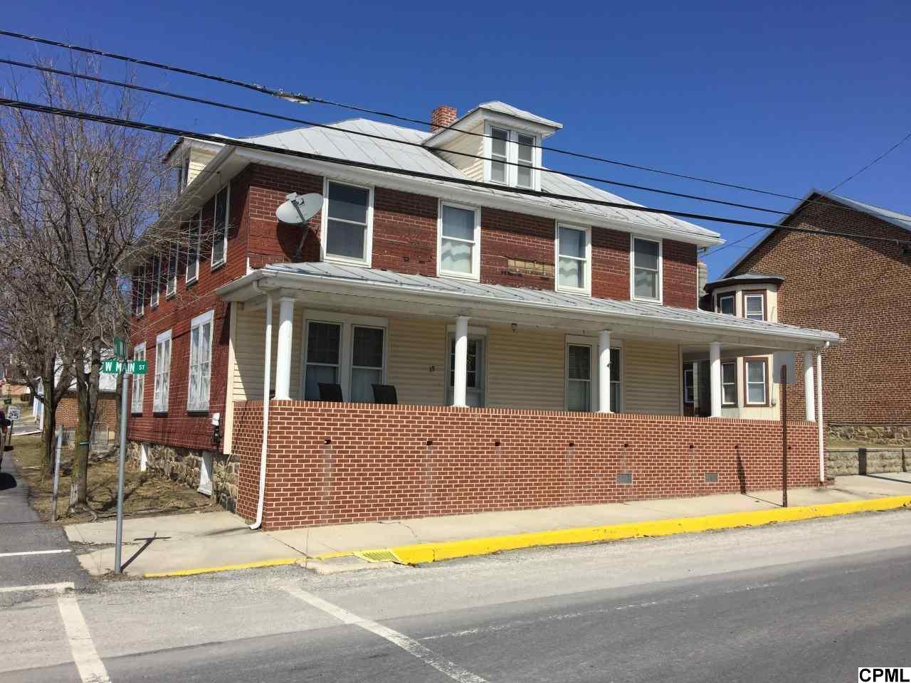 15 W Main St, Newburg, PA 17240
