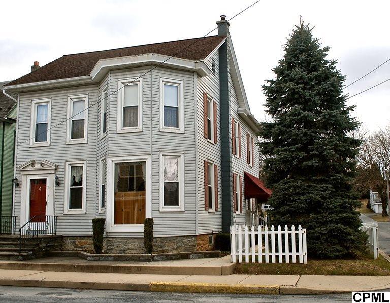 124 E Main St, Richland, PA 17087