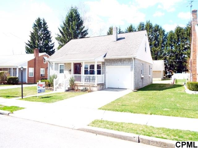 25 Willow Ave, Cleona, PA 17042