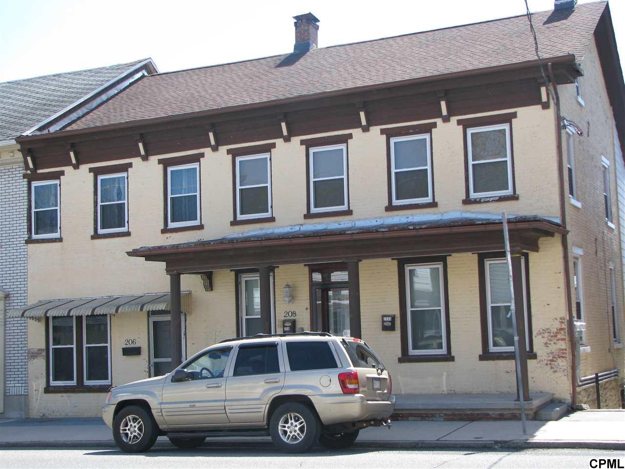 206-208 W Main St, Annville, PA 17003