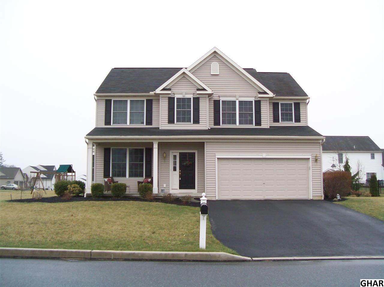 12 Wickerberry Ln, Palmyra, PA 17078