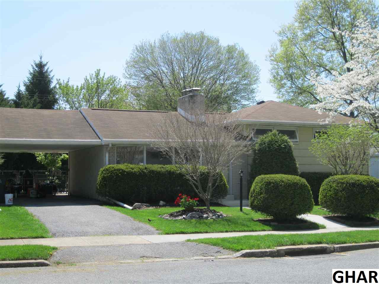 7 Cornell Dr, Camp Hill, PA 17011