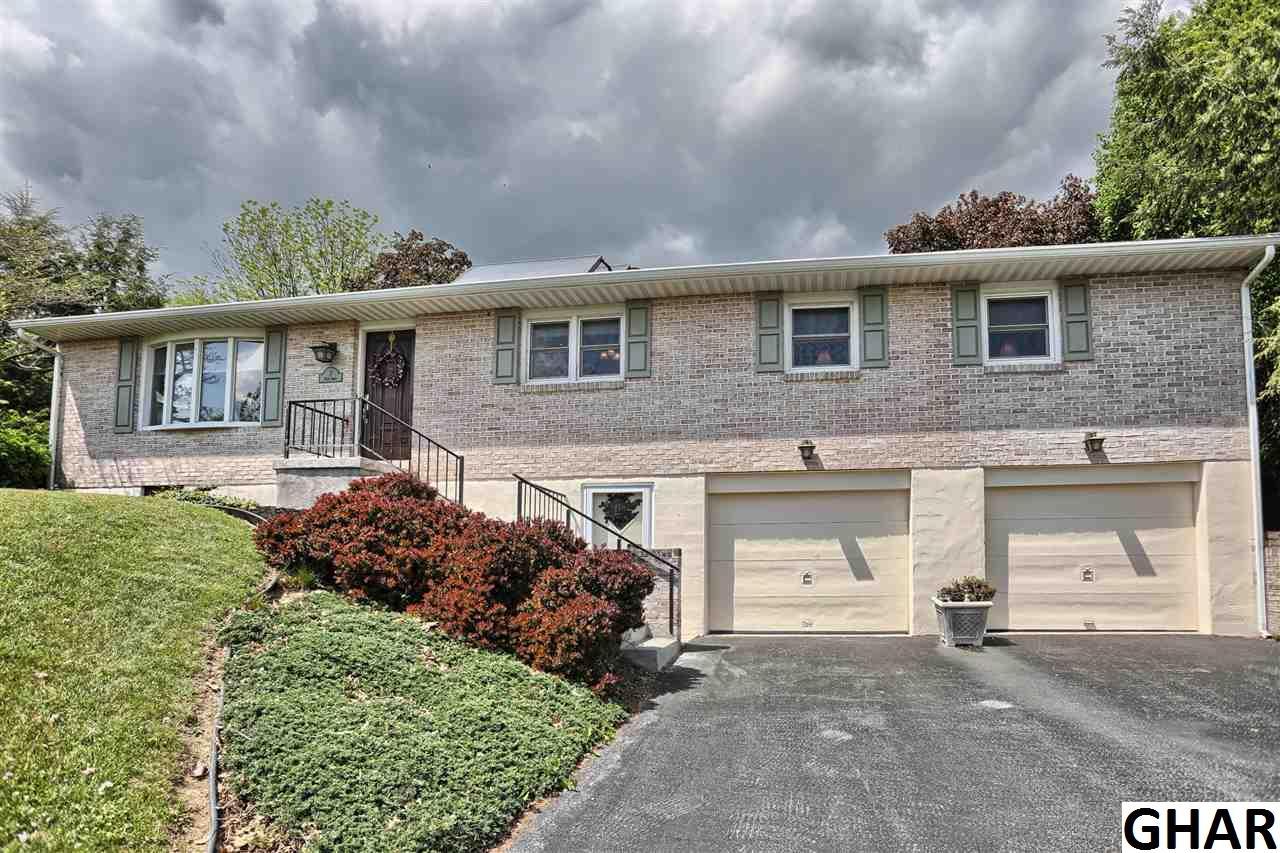 7 Pear St, Annville, PA 17003