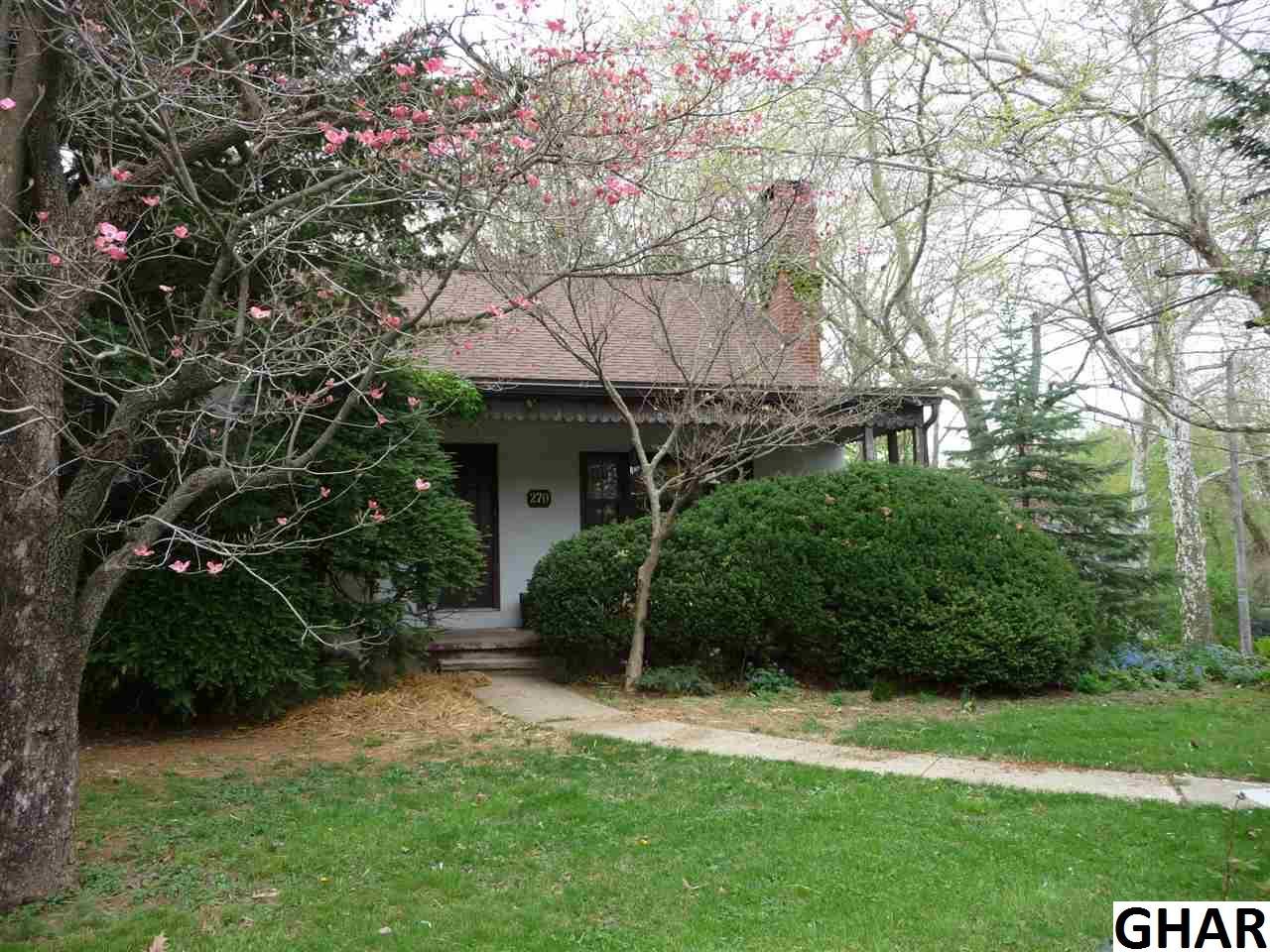 270 S White Oak St, Annville, PA 17003