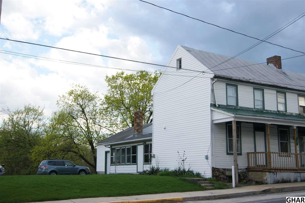 10 E Main St, Newburg, PA 17240