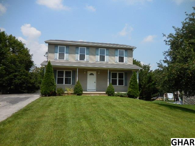 15365 Summit Farm Dr, Blue Ridge Summit, PA 17214