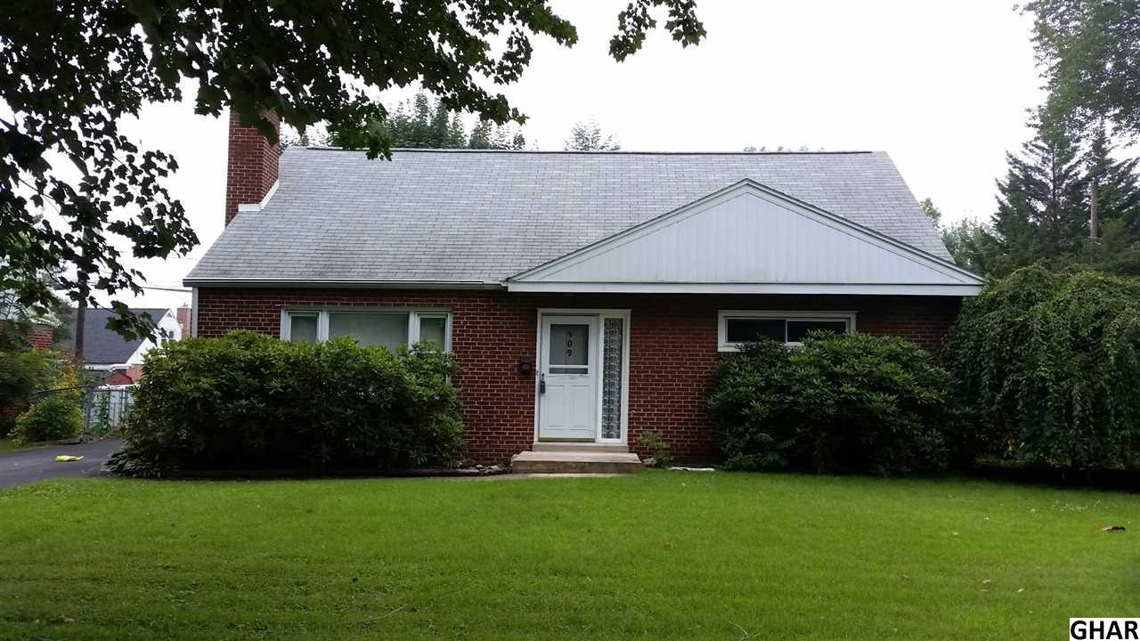 409 Appletree Rd, Camp Hill, PA 17011