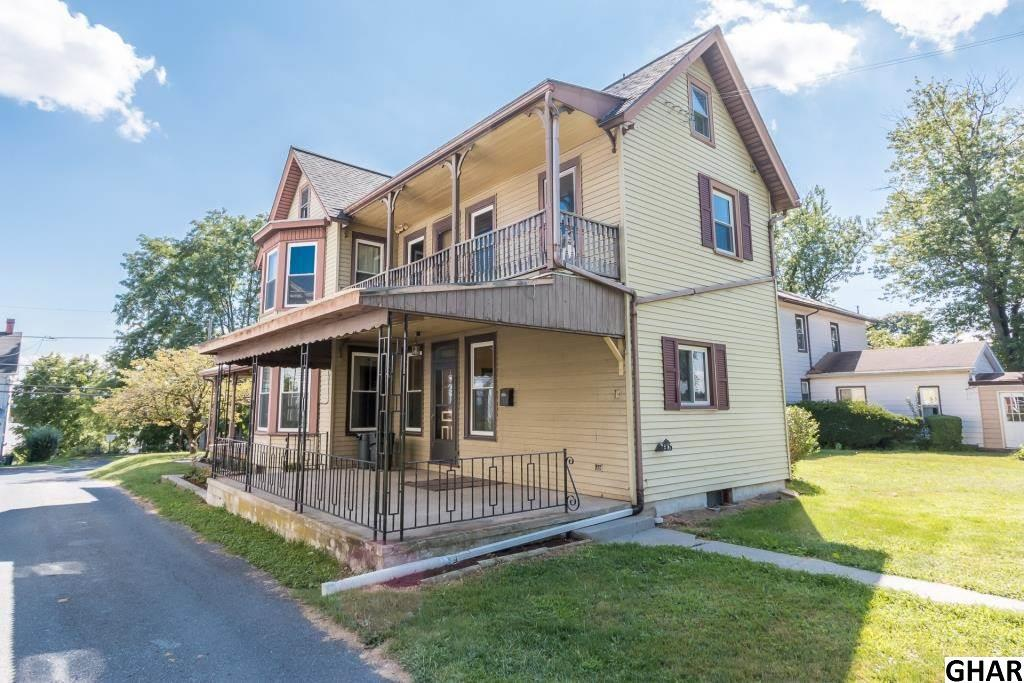 37 Maple St, Lebanon, PA 17046