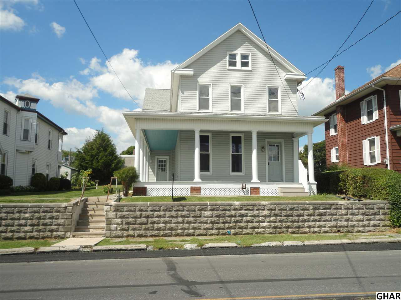 537 W Main Ave, Myerstown, PA 17067