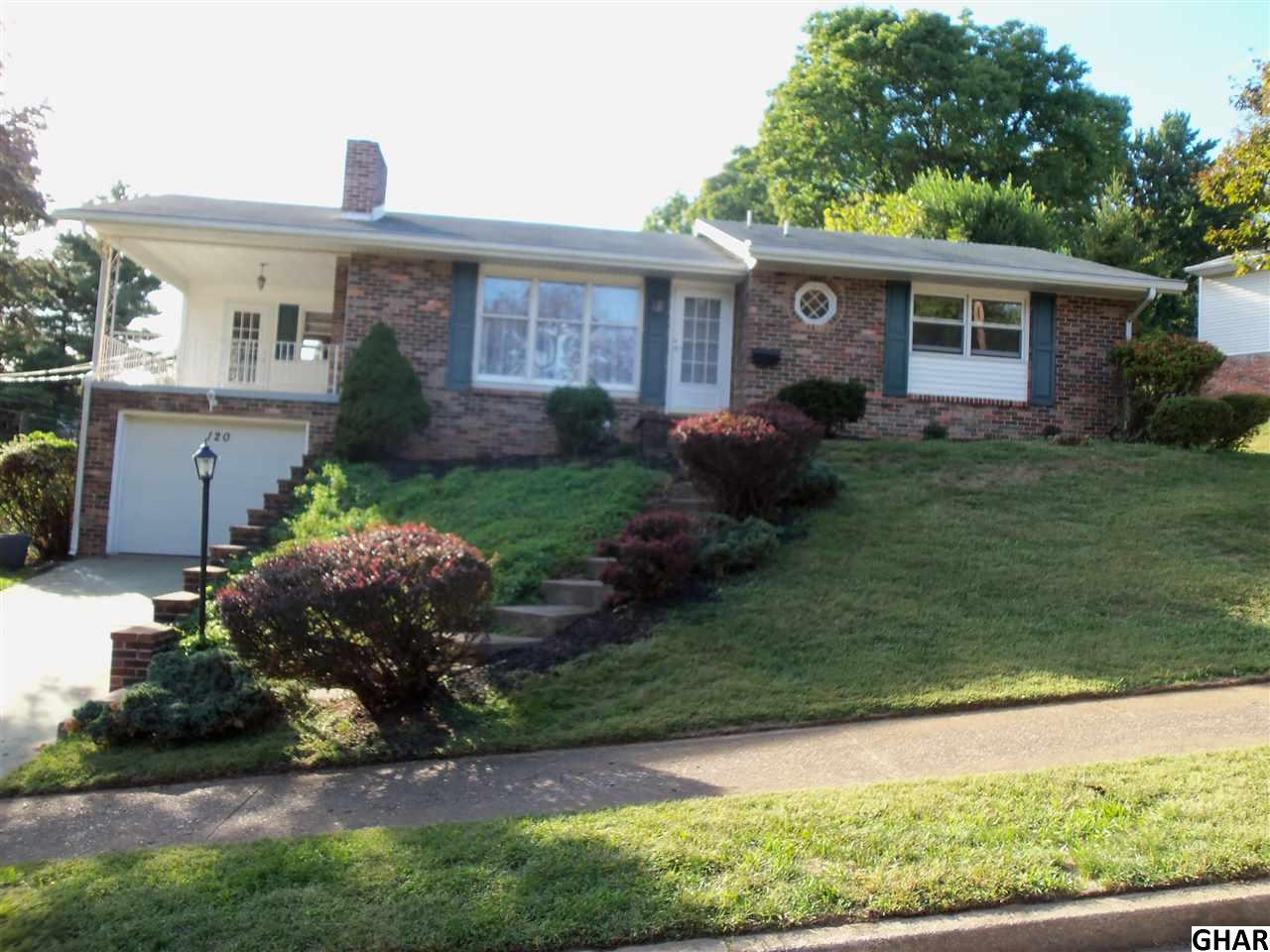 120 Forest Dr, Camp Hill, PA 17011