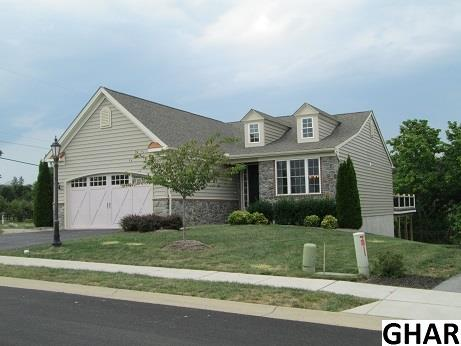 6 Woodhaven Dr, Gettysburg, PA 17325