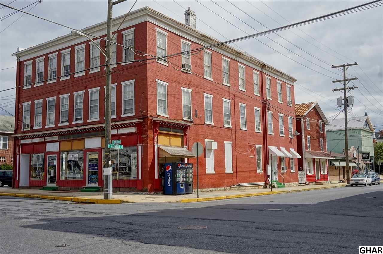 2 E Main Ave, Myerstown, PA 17067