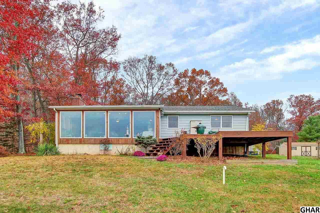 109 Goldmine Rd, Jonestown, PA 17038
