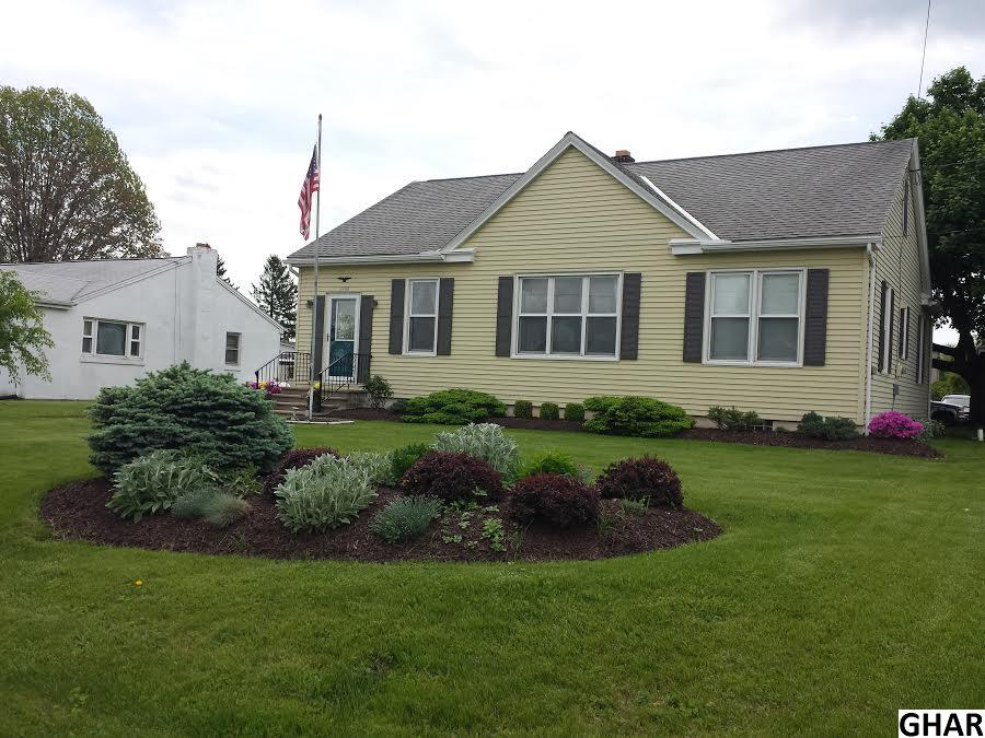 2708 Horseshoe Pike, Palmyra, PA 17078