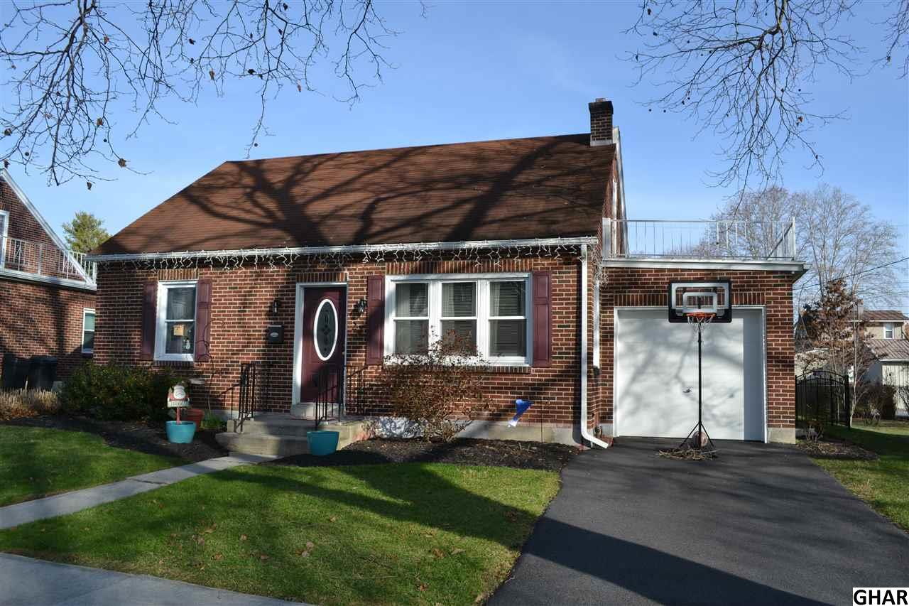 22 Willow Ave, Cleona, PA 17042