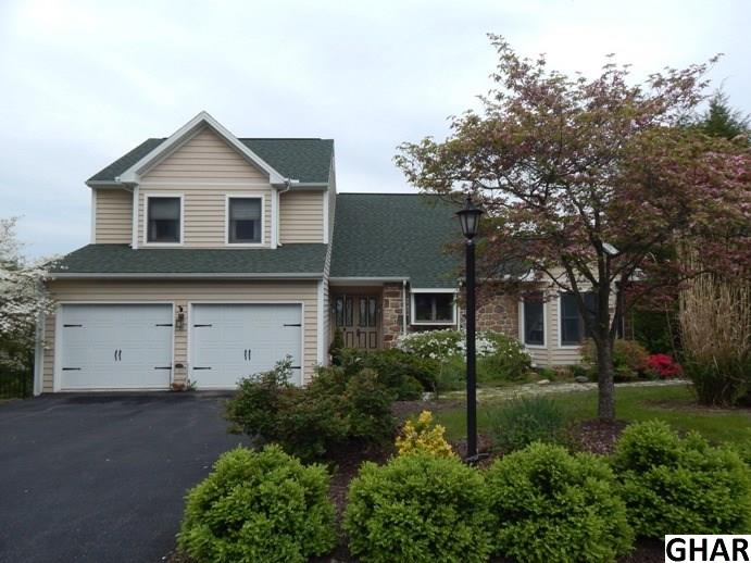 1015 Country Club Rd, Camp Hill, PA 17011