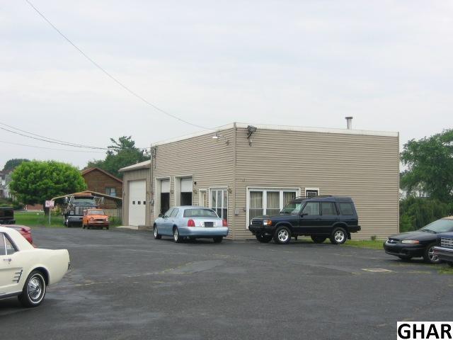 1324 E Main St, Annville, PA 17003