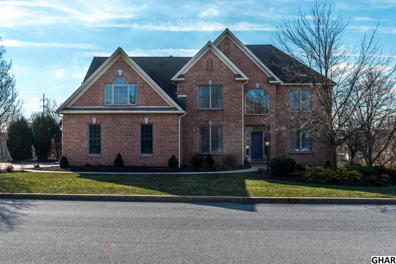 1628 Whitley Dr, Harrisburg, PA 17101