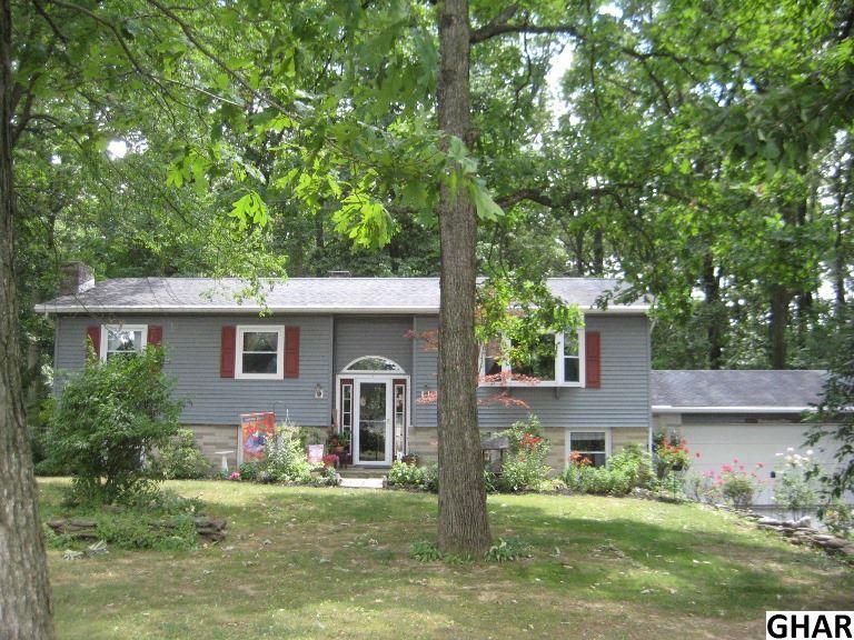 70 Eisenhauer Rd, Myerstown, PA 17067
