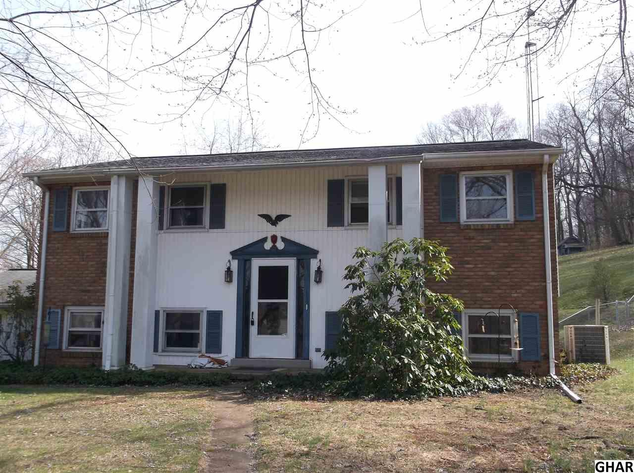 120 Canaan Grove Rd, Newmanstown, PA 17073